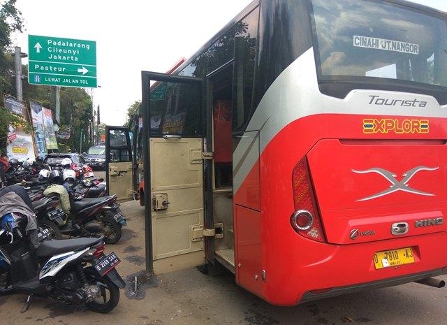 Salahi Aturan, Bus Jurusan Cimahi-Jatinangor Dipaksa Berhenti Beroperasi
