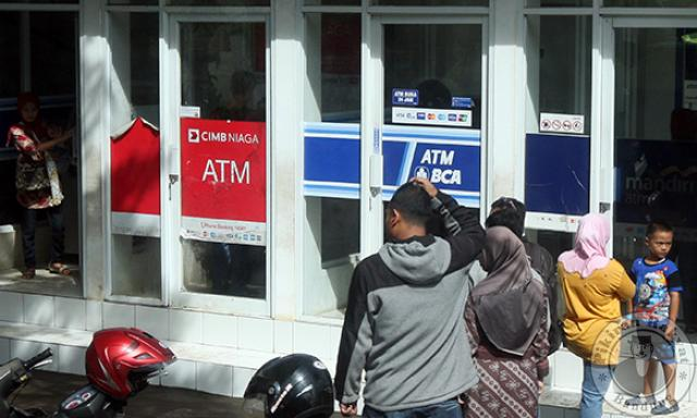 BCA Butuh 2-3 Minggu untuk Perbaiki ATM Dampak Gangguan Satelit