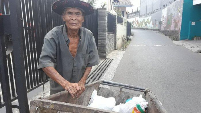 Pengumpul Sampah di Jatinangor Manfaatkan Iduladha untuk Makan Daging Setahun Sekali