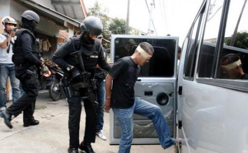 Teroris di Bandung dan Sumedang Terkait Kelompok Poso