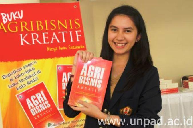 "Buku ""Agribisnis Kreatif"" Buka Wawasan Luasnya Potensi Pengembangan Pertanian"