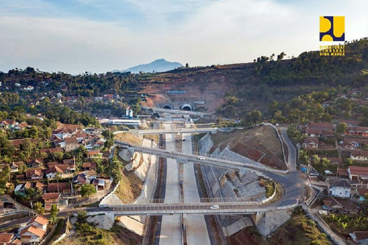 Tol Cisumdawu Berpeluang Digunakan untuk Mudik Lebaran 2019