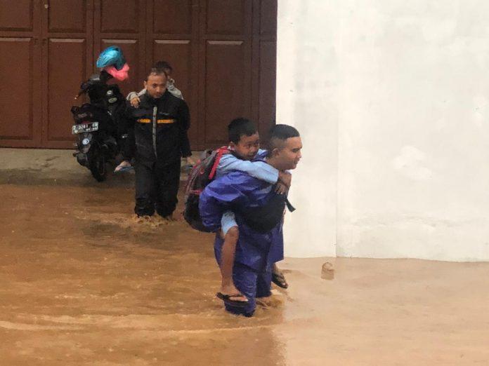 Sungai Cikeruh Meluap, Empat Desa di Jatinangor Terdampak Banjir