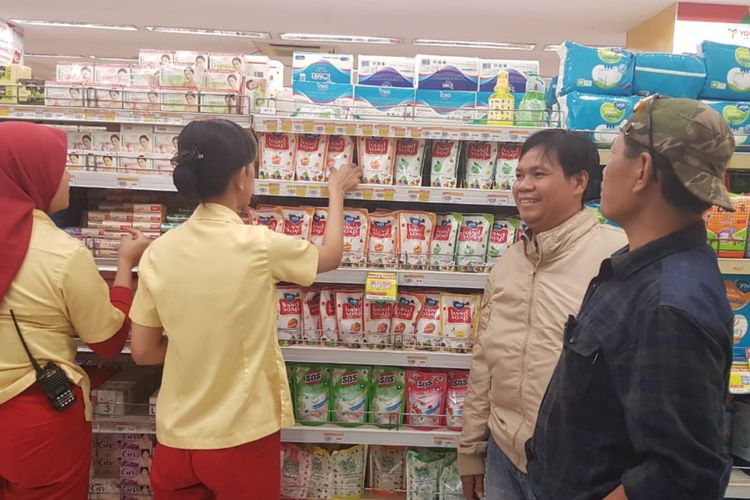Sejak Jabar Siaga 1 Corona, Stok Masker Habis di Seluruh Minimarket di Jatinangor