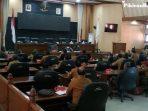 Ramai-ramai Datangi Gedung DPRD, Apdesi Tagih Janji Bupati Sumedang